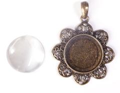99445-AG Colgante camafeo metalico flor dorado envejecido con cabuchon vidrio Innspiro