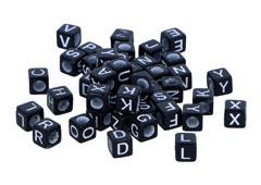 99626 Cuentas cubo letras plastico negro letras blancas Innspiro
