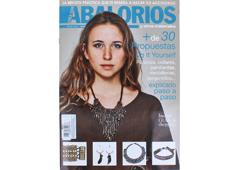 RA55 Revista CUENTAS Y ABALORIOS Crea con abalorios mas de 30 propuestas Do it Yourself explicadas paso a paso n 55 Crea con abalorios