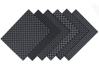 S1708 Hojas estampadas plastico magico black Shrinkles - Ítem1