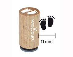 WM0605 Sello mini de madera y caucho pies de bebe diam 15x25mm Woodies