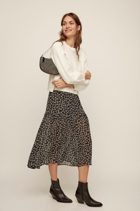 white flower print maxi skirt