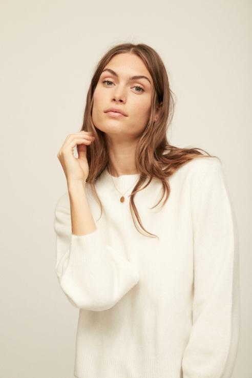 puffed sleeve ecru sweater