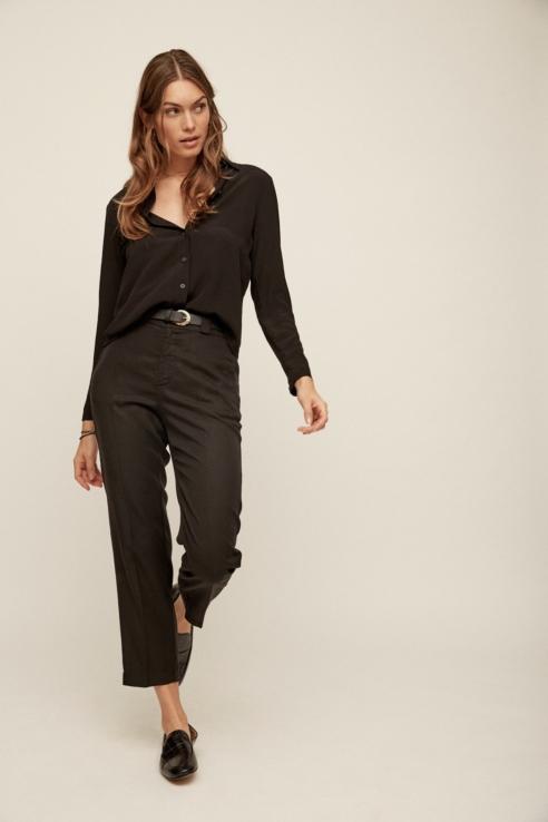 pantalón fluido con pinzas negro
