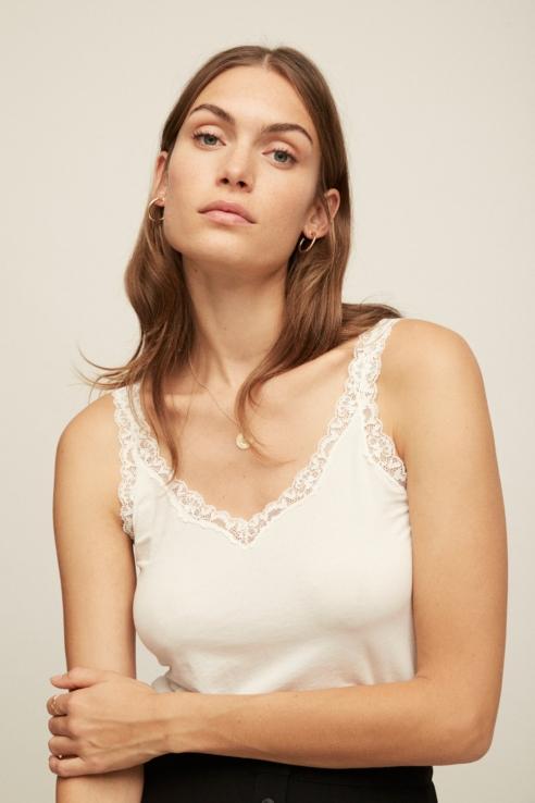 camiseta tirantes blonda blanco