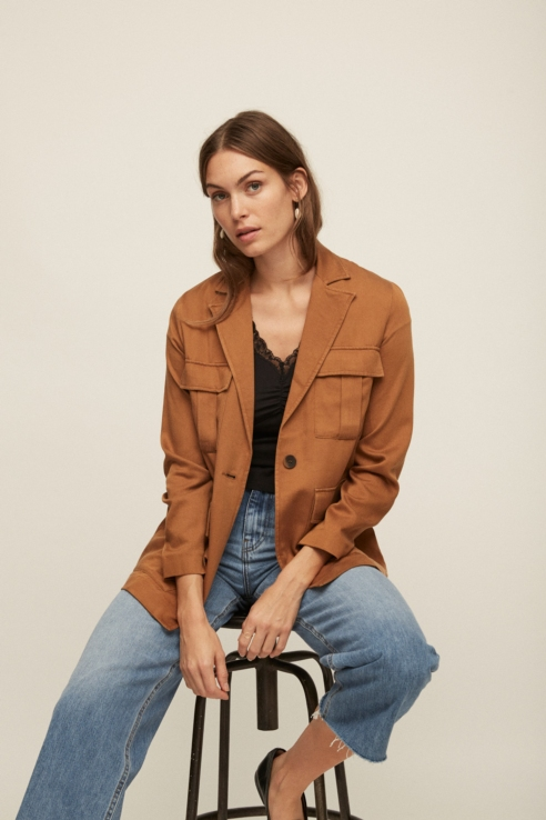 camel blazer with pockets