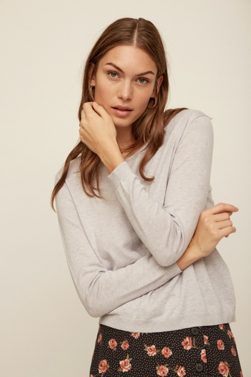 grey fine knit sweater