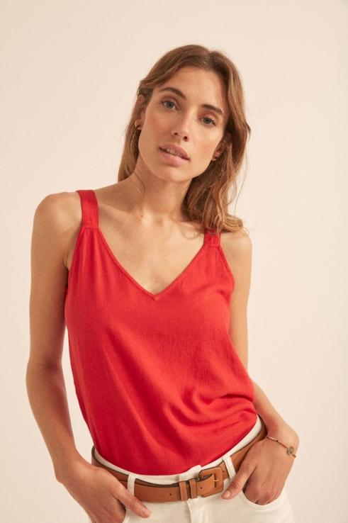 red linen top