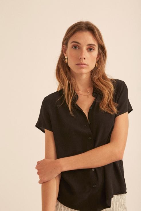 camisa fluida negro manga corta