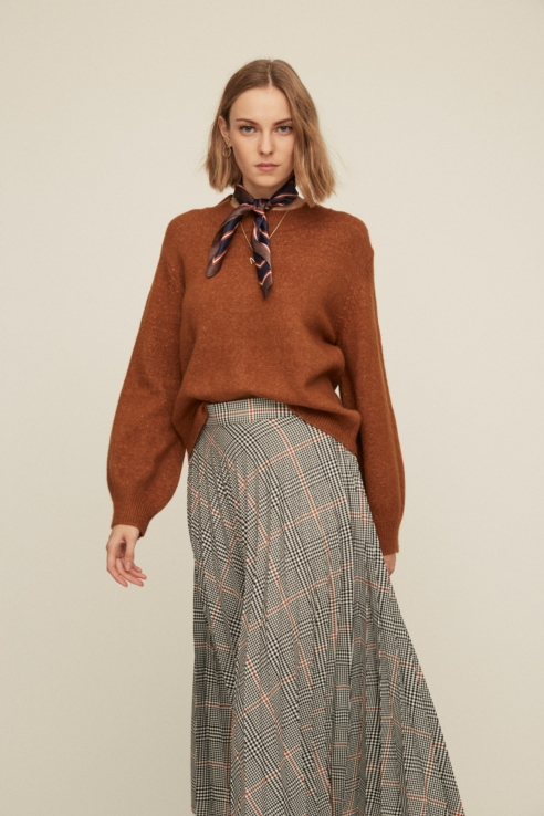 puffed sleeve camel sweater