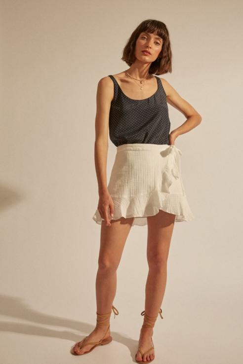 mini falda con lazada