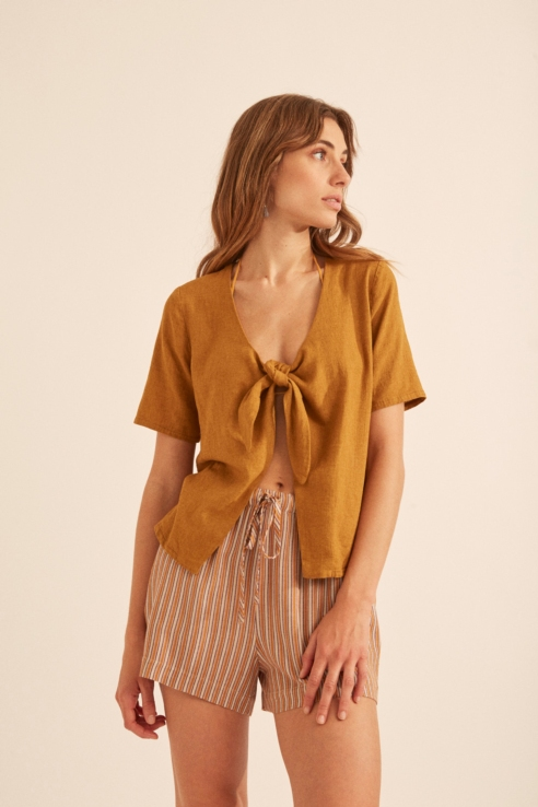 camel front knot blouse