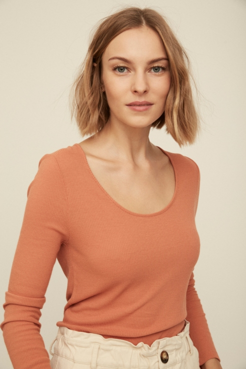 dry peach ribbed t-shirt