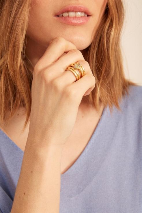 anillo multi piedras