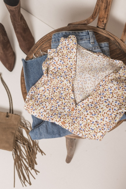 blusa estampado boho flores