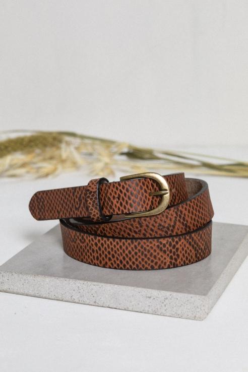 cinturón piel efecto serpiente