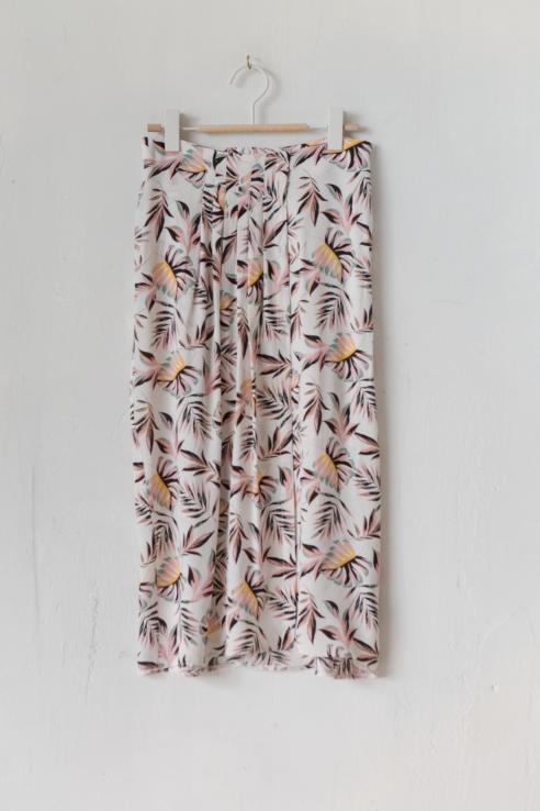 falda midi estampado tropical