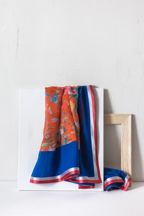 pañuelo multicolor flores