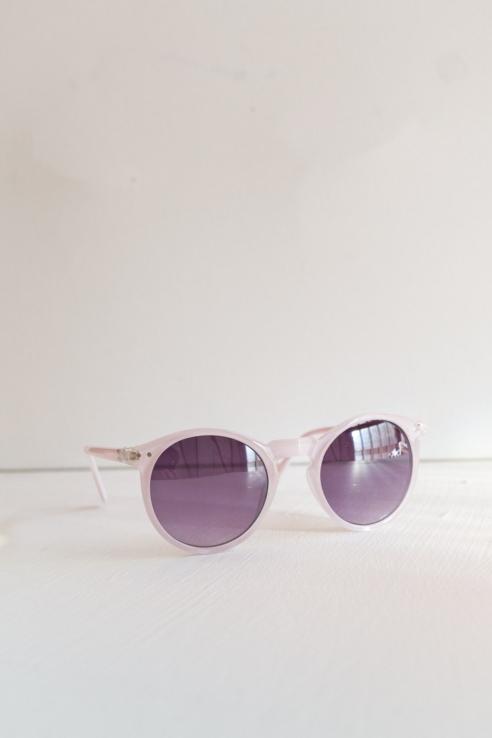 gafas redondas púpura