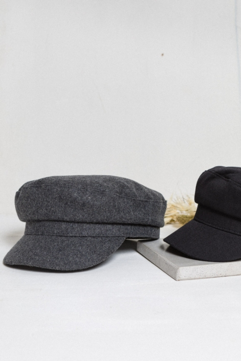 grey baker boy cap