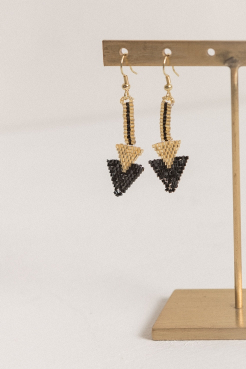 black gold arrow earrings