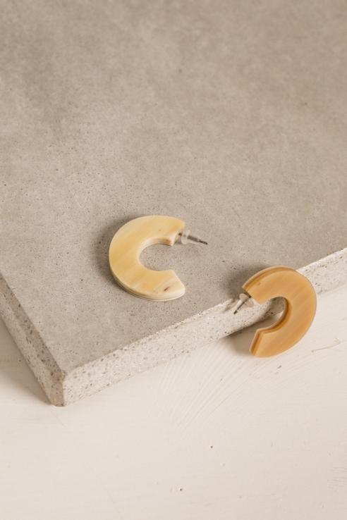 boucles d'oreille anneau os
