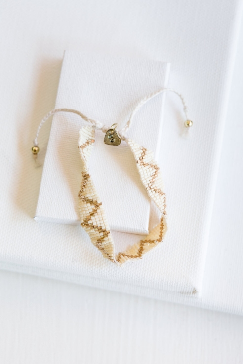 pulsera cenefa dorado blanco