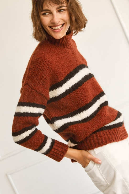 burgundy white stripes sweater