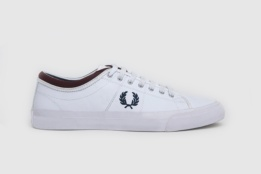 FRED PERRY KENDRICK REVERSES TIPPED CUFF CANVAS WHITE/CARBON BLUE/PORT