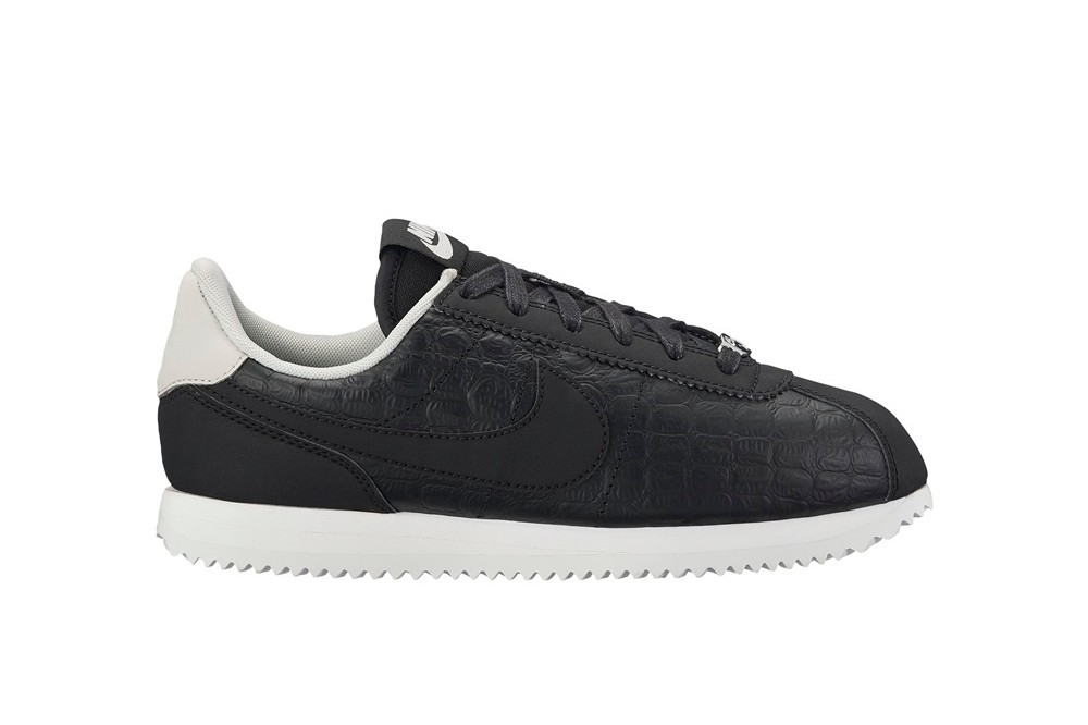 buy popular 626b3 fe4f8 ... ultra moire 520a5 60258  official store nike cortez basic leather se gs  negro 84139 3deca