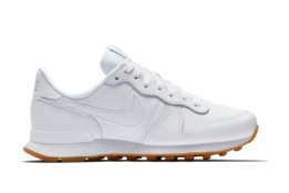 NIKE WMNS INTERNATIONALIST WHITE/WHITE WHITE GUM LIGHT BR