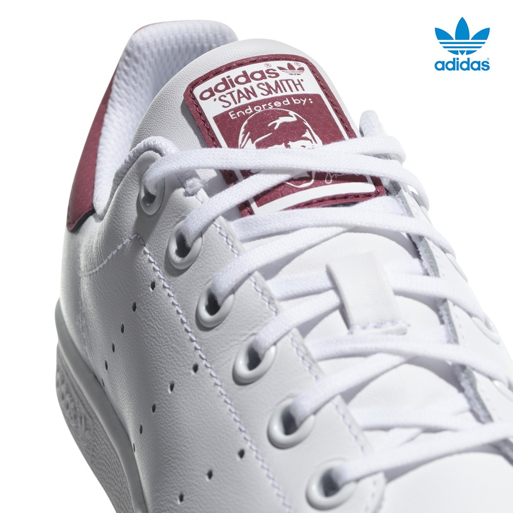 Zapatillas Adidas modelo Stan Smith en color blanco con burdeos para junior-c