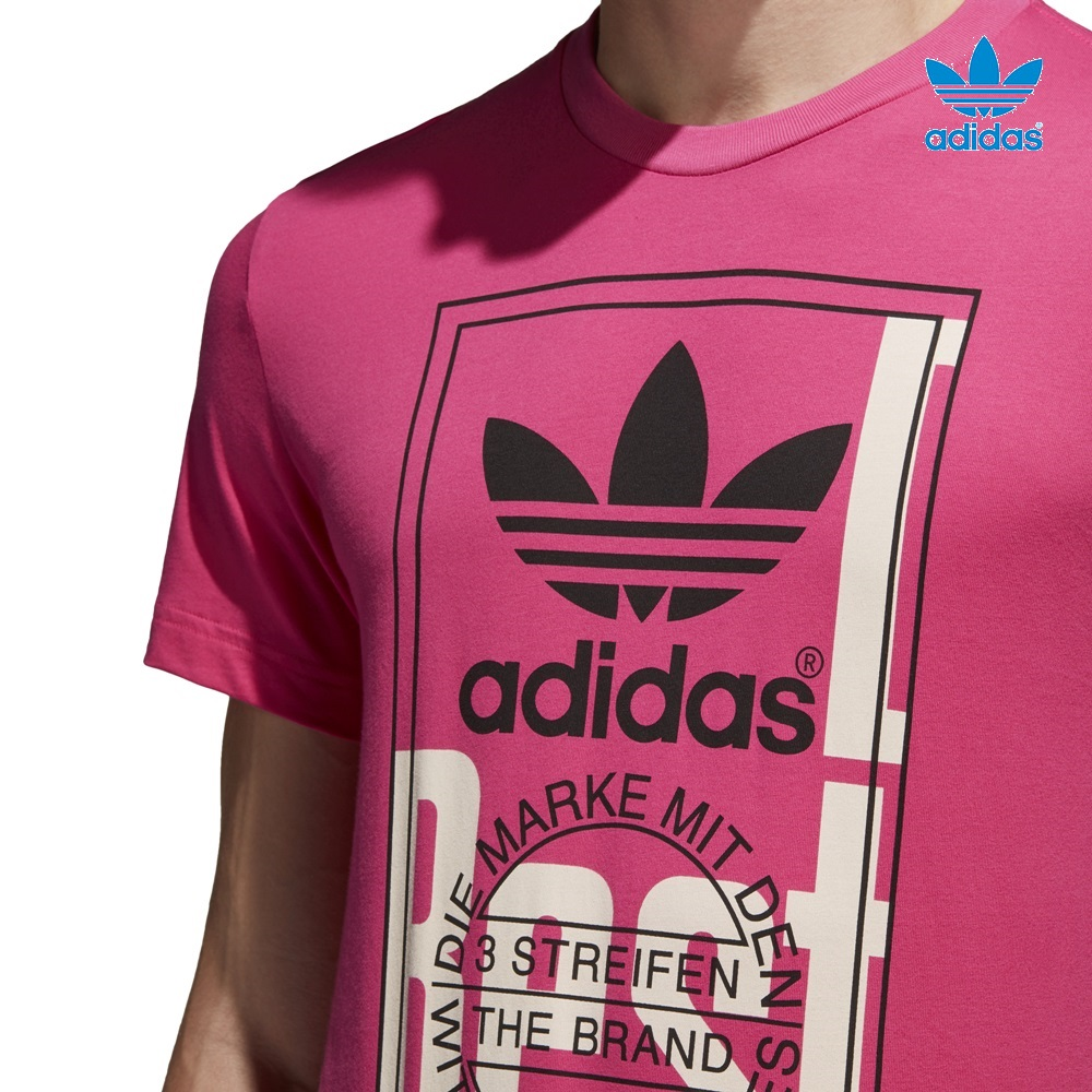 Camiseta ADIDAS modelo Tongue Label en color rosa para hombre