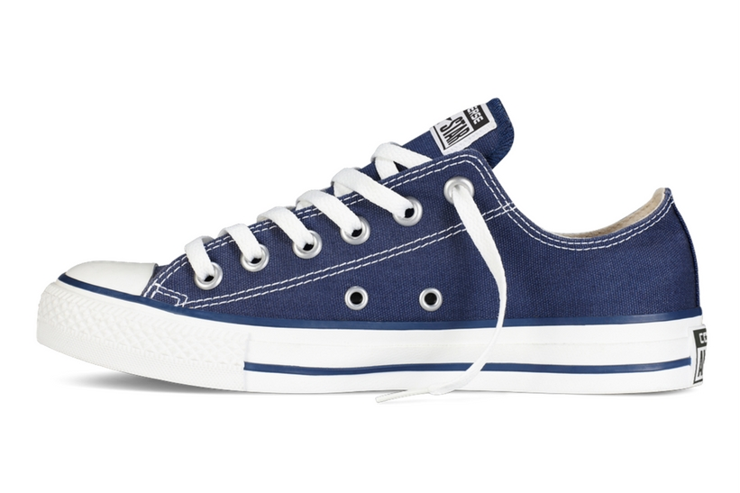 Zapatillas Converse modelo All Star ox en color azul marino