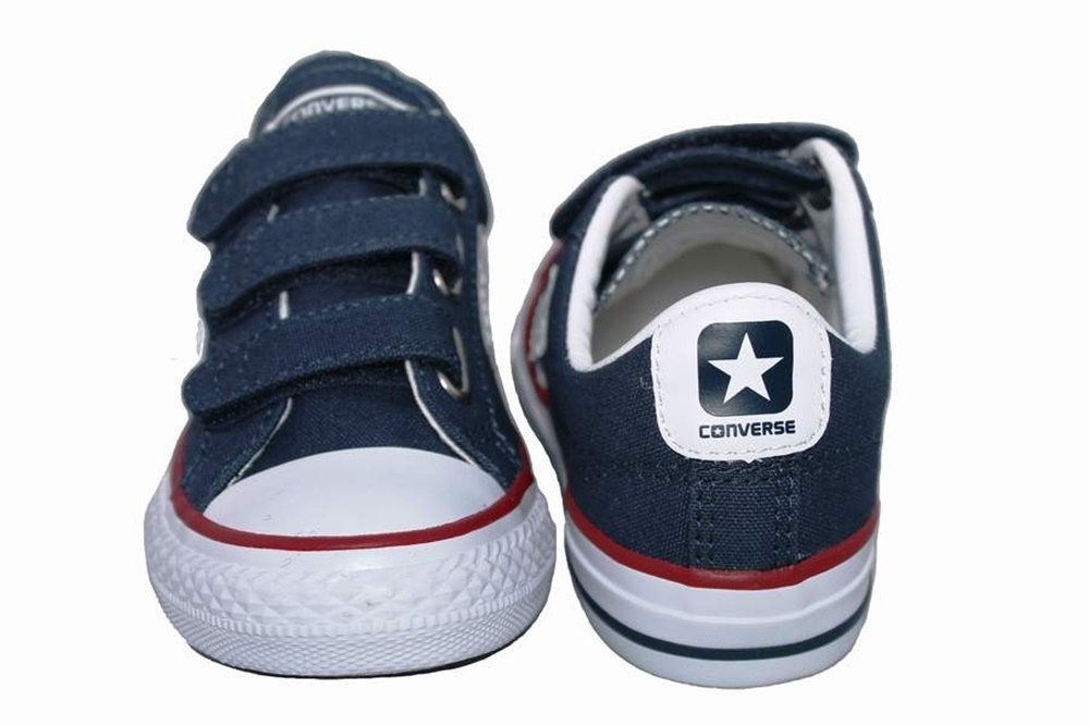 Zapatillas Converse modelo Star Player EV ox en color azul marino para junior