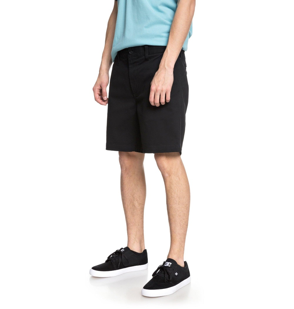Pantalón corto Dc Shoes modelo Worker Slim 17 en color negro para hombre-d