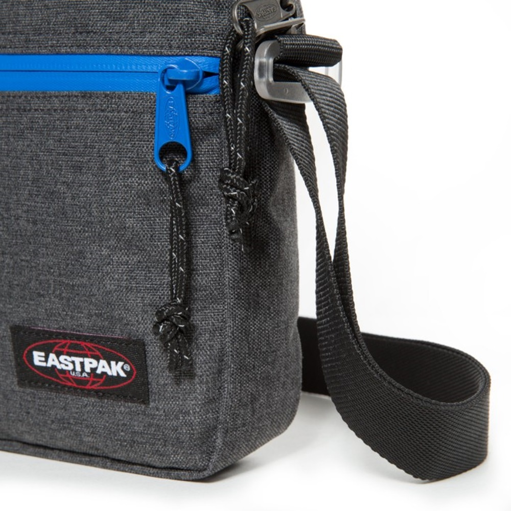 Bandolera Eastpak modelo The One en color gris oscuro-d