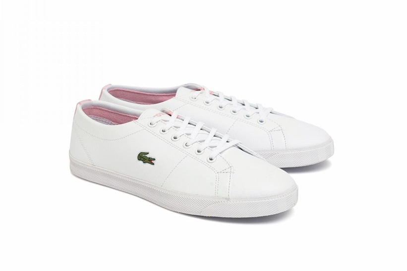 Zapatillas Lacoste modelo Riberac en color blanco con rosa para junior