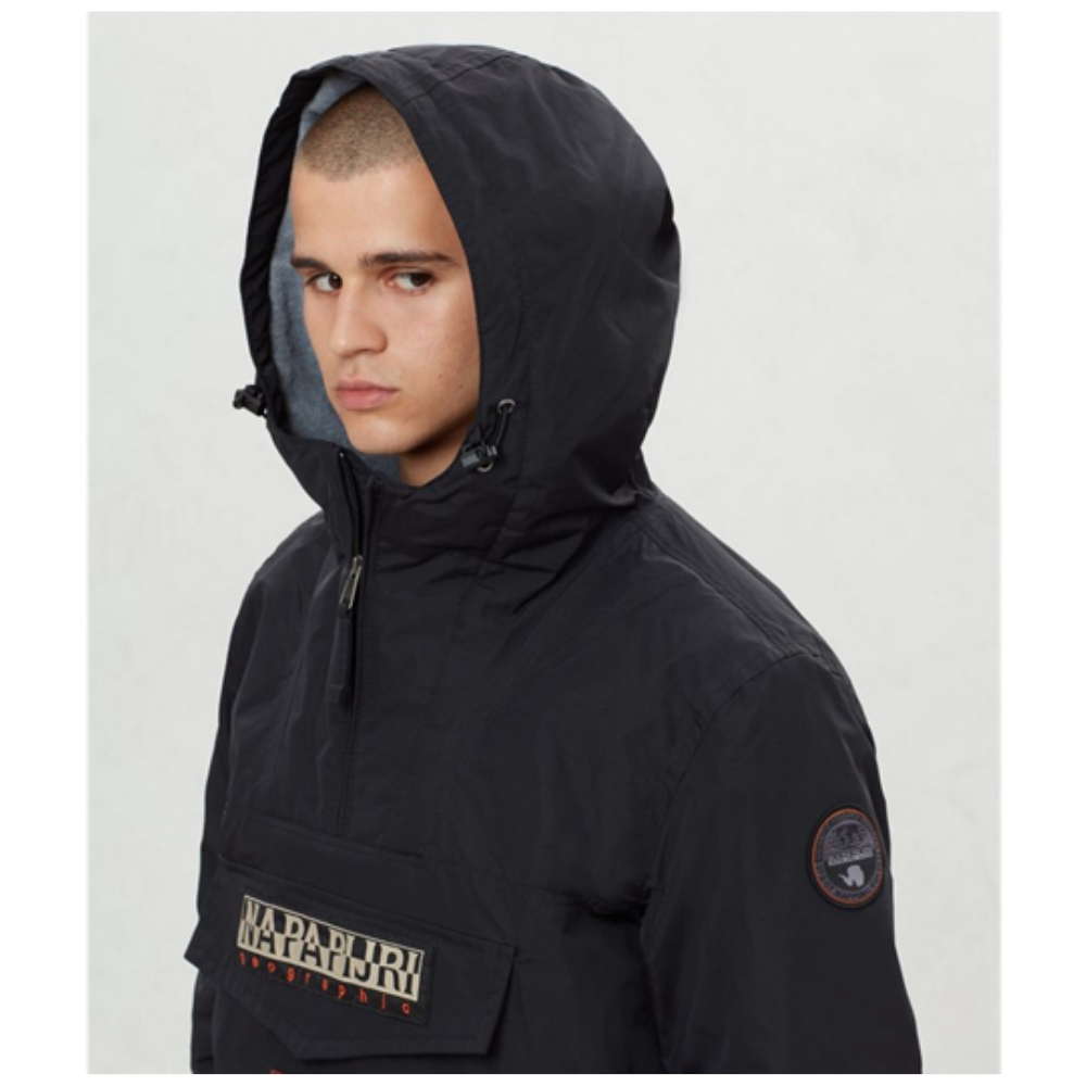 Abrigo Napapijri RAINFOREST POCKET en color negro para hombre-f