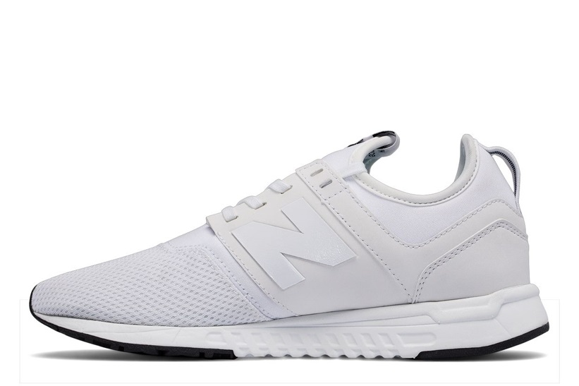 new balance en color blanco