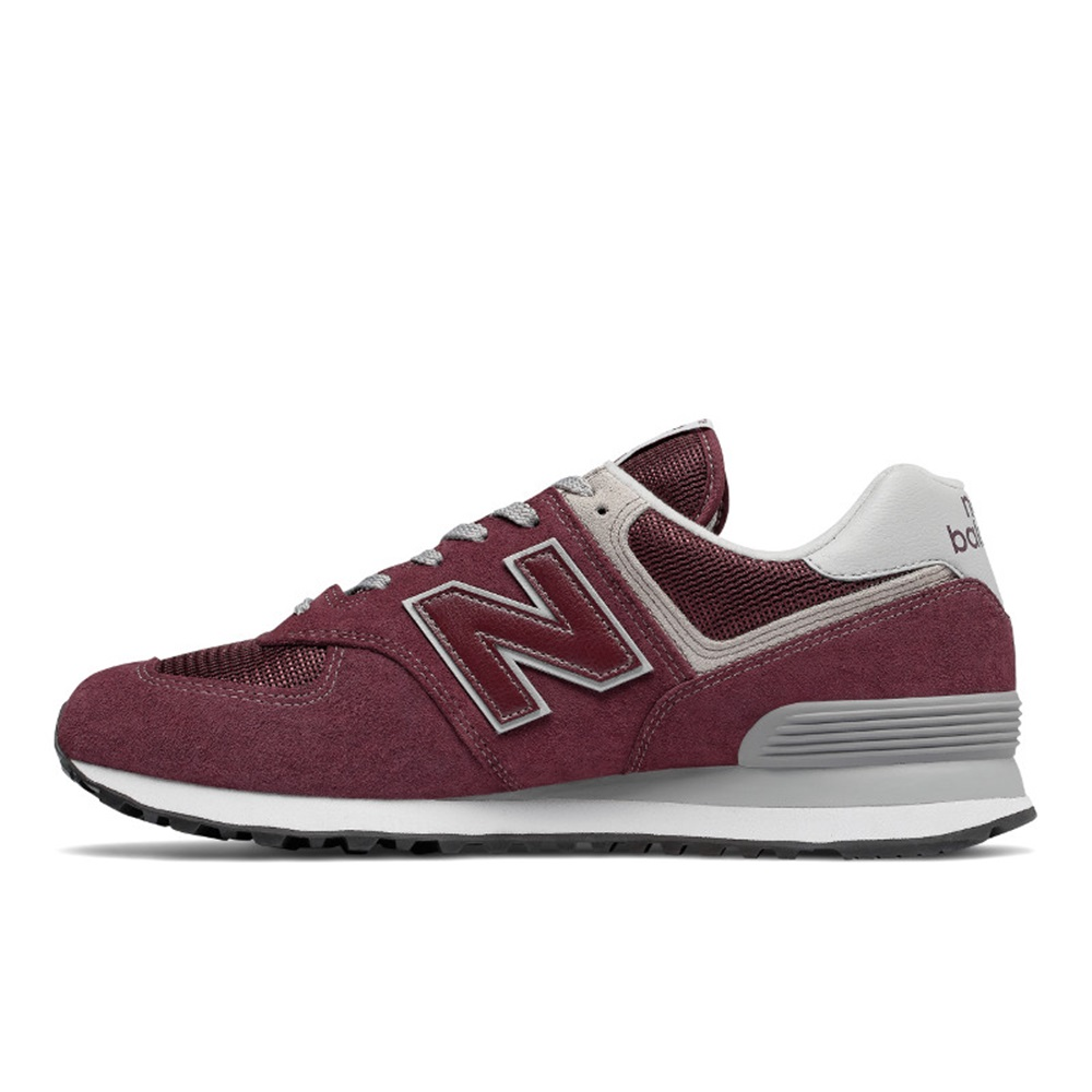 Zapatillas New Balance modelo ML574 EGB en color burdeos para hombre