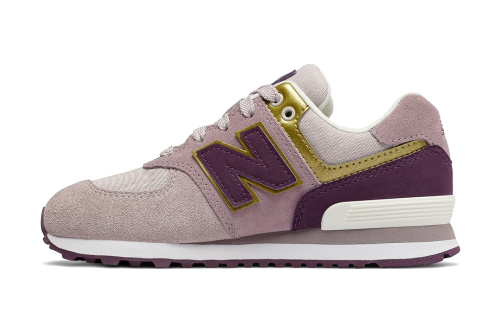 Zapatillas New Balance GC574 LIGHT CASHMERE para mujer en color malva y rosa-a