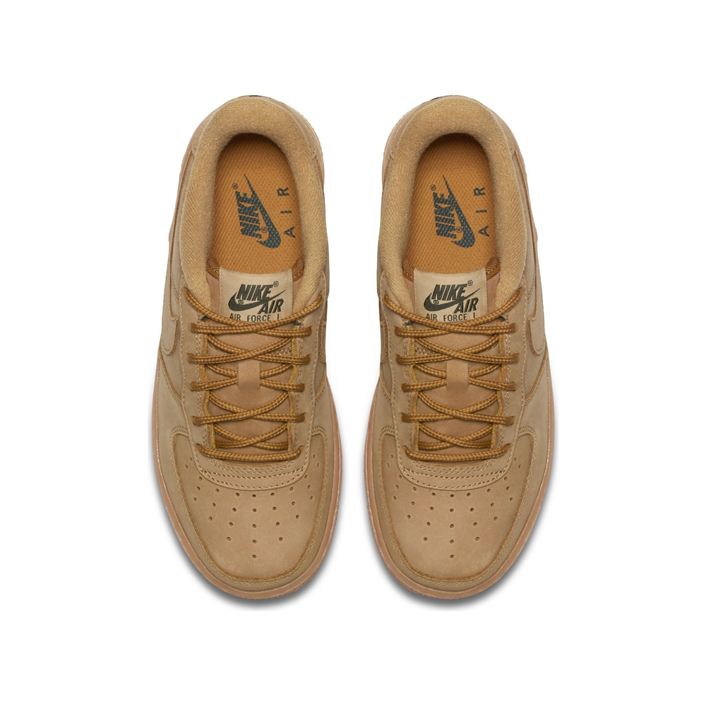 the best attitude 997d0 a6510 Zapatillas Nike modelo Air Force 1 Winter Premium (Gs) en color beige para  junior