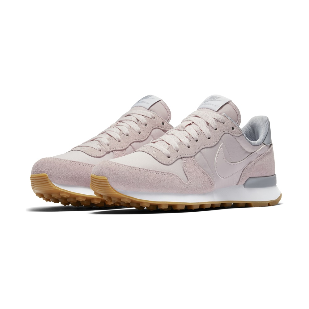 Zapatillas Nike modelo Internationalist en color rosa para mujer-d