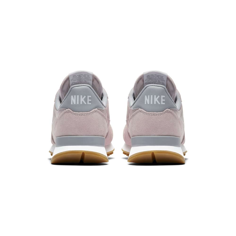 Zapatillas Nike modelo Internationalist en color rosa para mujer-e