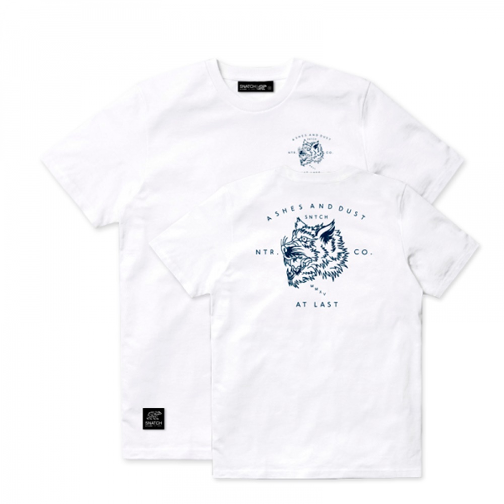 Camiseta Snatch and Clash modelo Ashes and Dust en color blanco-b