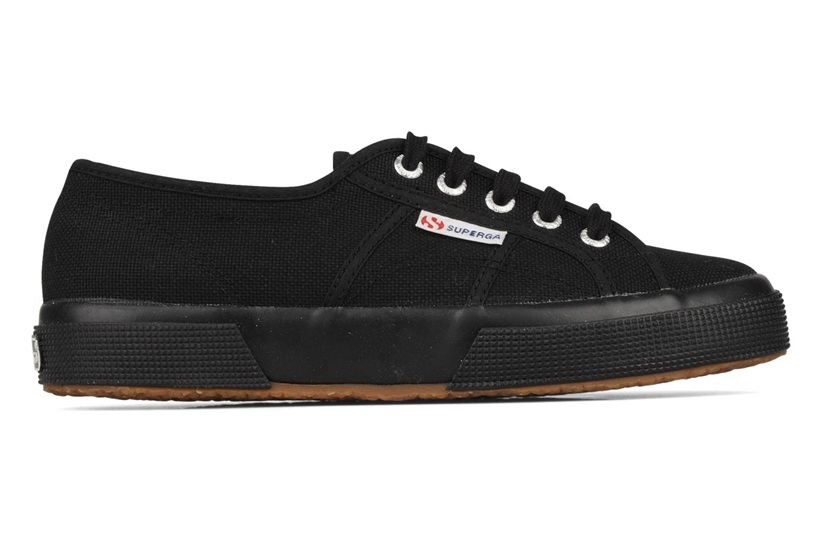 Zapatillas Superga modelo 2750 Cotu Classic en color negro-f