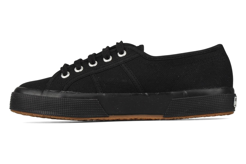 Zapatillas Superga modelo 2750 Cotu Classic en color negro