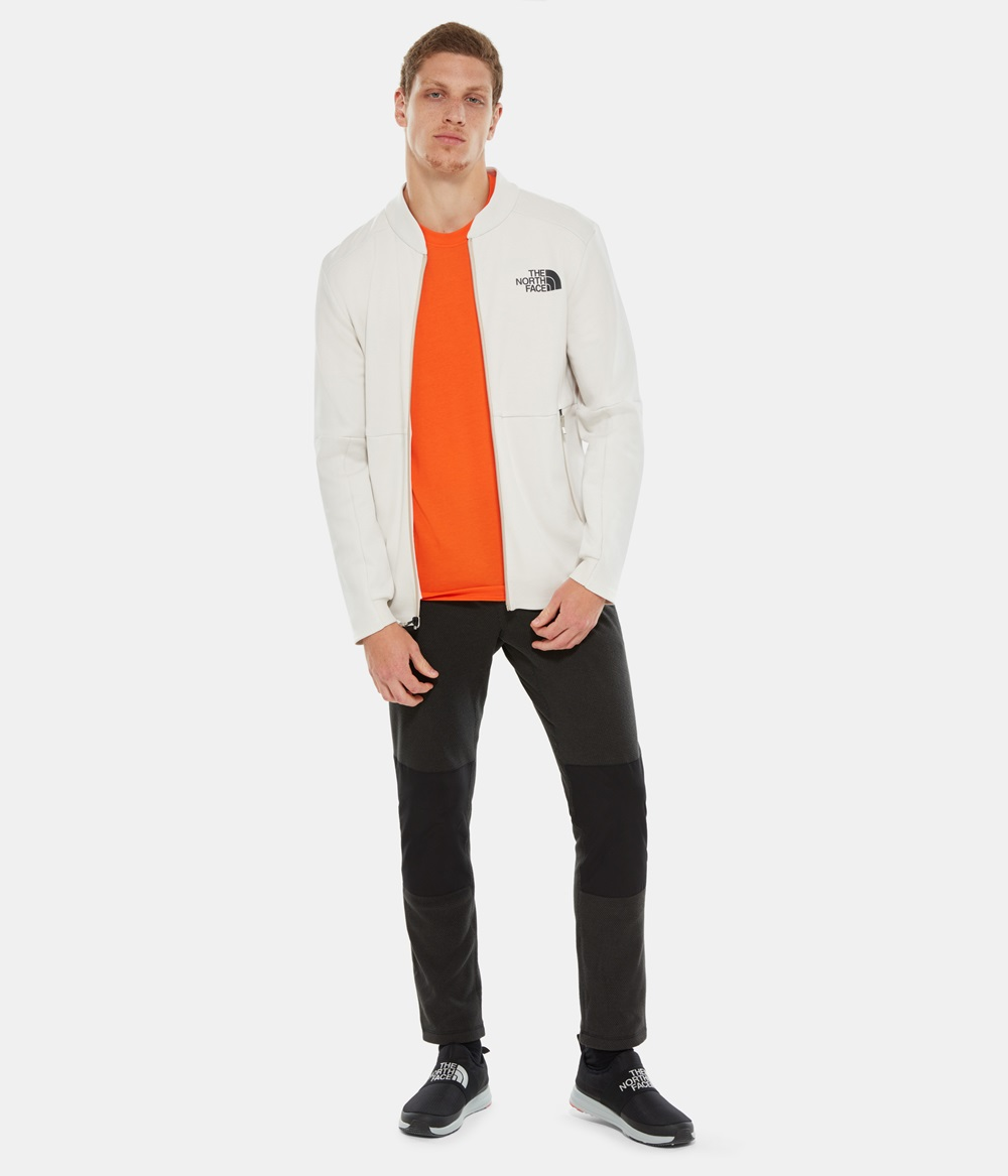 Camiseta The North face M S/S TEE para hombre en color naranja-b