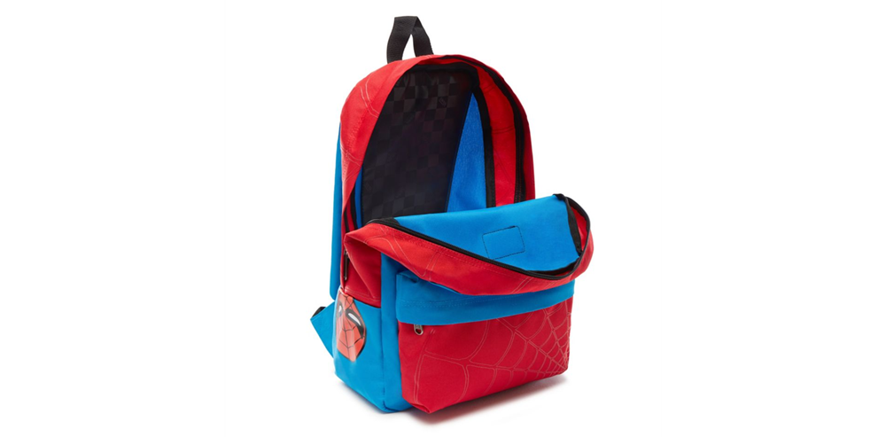Mochila Vans x Marvel modelo New Skool Backpack Spiderman en color azul-b
